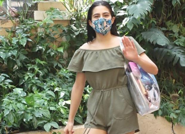 Sara Ali Khan visits Saif Ali Khan and Kareena Kapoor Khan's newborn; arrives with gifts for mother and baby