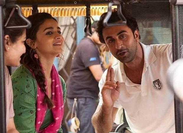 Alia Bhatt and Ranbir Kapoor's pictures from the sets of an ad shoot with Gauri Shinde go viral : Bollywood News Moviesflix - MoviesFlix | Movies Flix - moviesflixpro.org, moviesflix , moviesflix pro, movies flix
