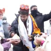 EXCLUSIVE: Kartik Aaryan engages in a fun banter with natives of Manali as they give him a warm welcome; Watch