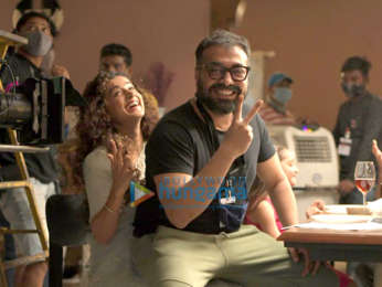 On The Sets From The Movie Do Baaraa