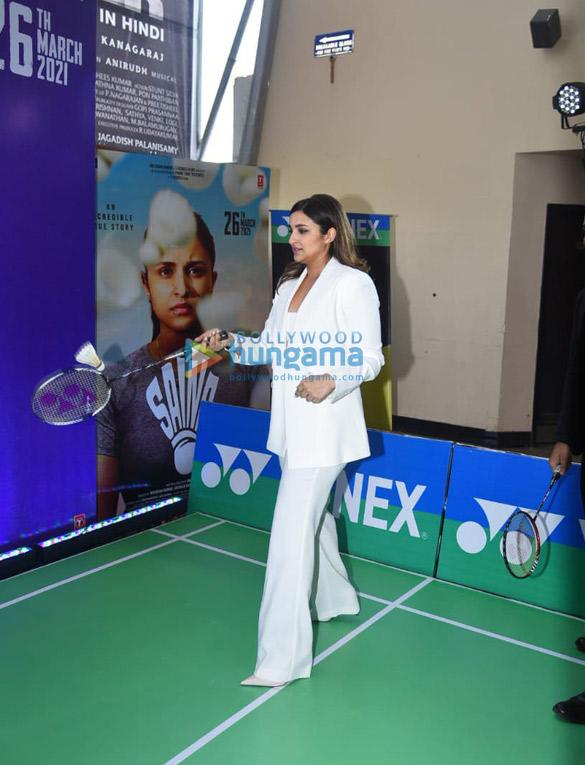 Photos Parineeti Chopra snapped at Saina movie trailer launch in PVR, Juhu (3)