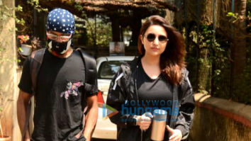 Photos: Parineeti Chopra snapped at her boxing and dance class in Juhu