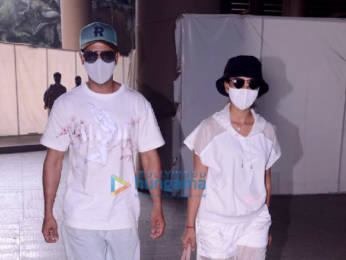 Photos: Rajkummar Rao, Patralekha, Sunny Deol and Sonu Nigam snapped at the airport