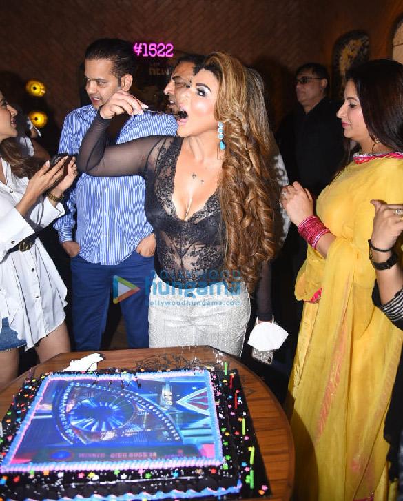 Photos Rakhi Sawant hosts a Bigg Boss party (8)