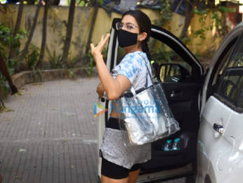 Photos: Sara Ali Khan snapped at pilates gym in Santacruz