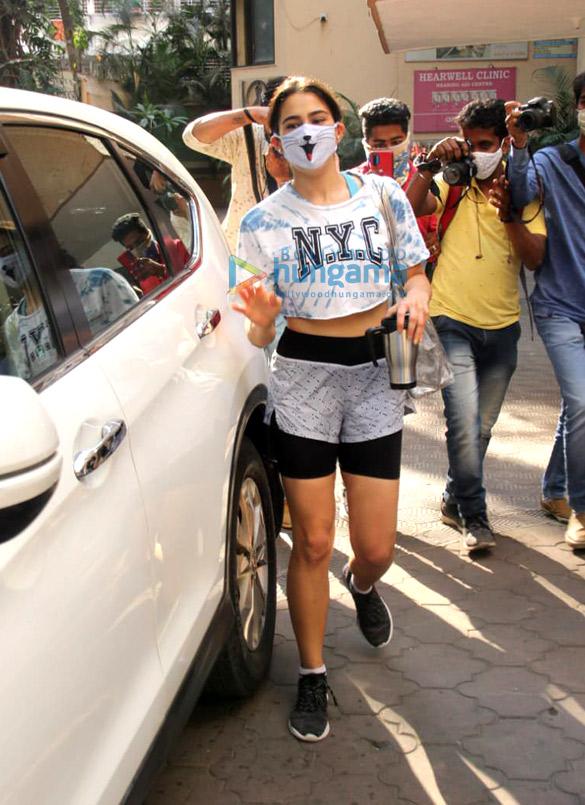Photos: Sara Ali Khan snapped at the gym in Santacruz