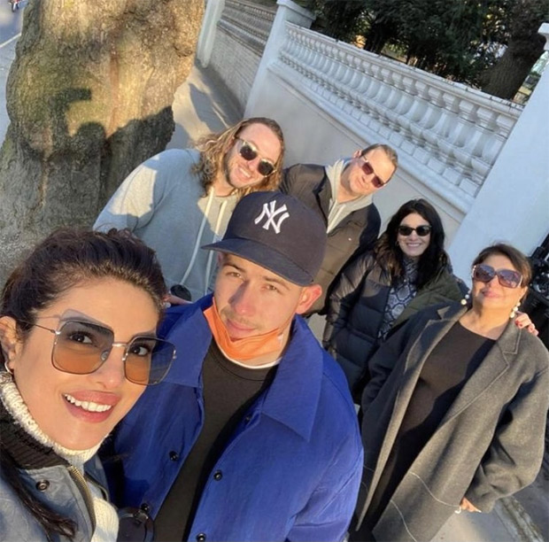 Priyanka Chopra wore a beautiful sweater knitted by her Mom!
