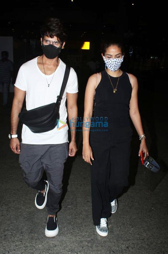 Rajkummar Rao, Patralekha, Sunny Deol, Kangana Ranaut and others snapped at the airport (00d01)