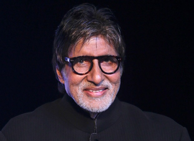 """""""Cannot read cannot write .. cannot see,"""" shares Amitabh Bachchan after eye surgery"""
