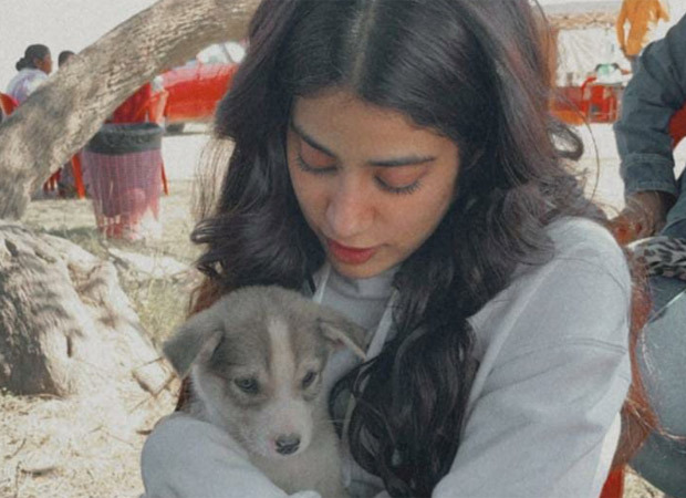 Janhvi Kapoor's pictures with Mr Ramdas reminds us of Sridevi's character in Sadma