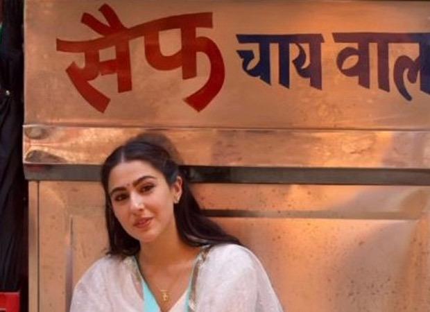 Sara Ali Khan poses in front of a tea stall named 'Saif Chai Wala'; showers love on Saif Ali Khan