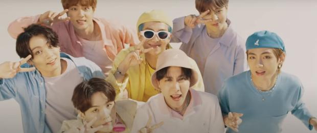 BTS 'ग्रैमी-नॉमिनेटेड' डायनामाइट '1 बिलियन विचारों को पार करने वाला सबसे तेज कोरियाई संगीत वीडियो बन गया है