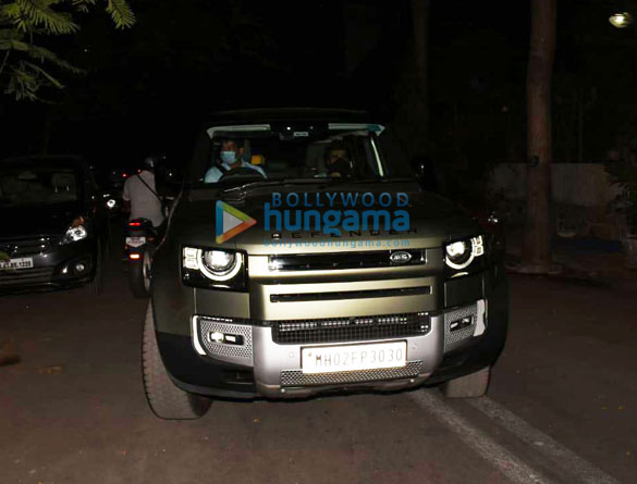 Photos Arjun Kapoor spotted with his new car (2)