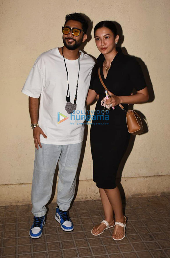 Photos Gauahar Khan and Zaid Darbar spotted at Juhu PVR (2)