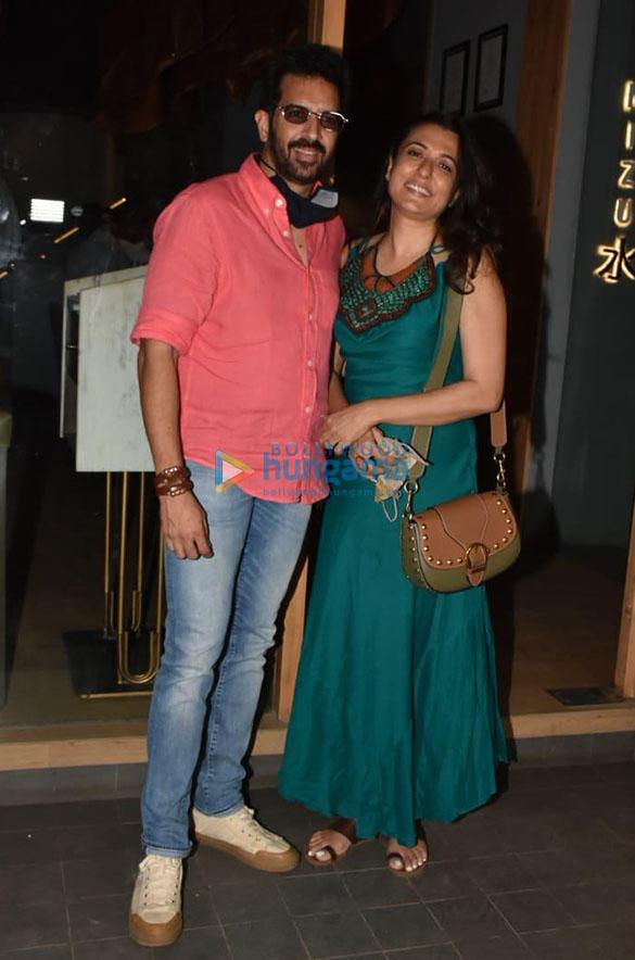Photos Katrina Kaif, Isabelle Kaif and others spotted at Mizu restaurant in Bandra (2)