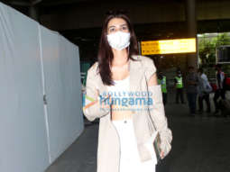 Photos: Kriti Sanon and Nikki Tamboli snapped at the airport
