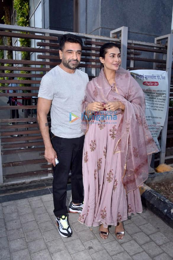 Photos Pavitra Punia celebrates birthday with Eijaz Khan (6)
