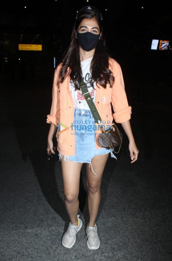 Photos Ranbir Kapoor, Alia Bhatt, Nikita Dutta and others snapped at the airport (1)