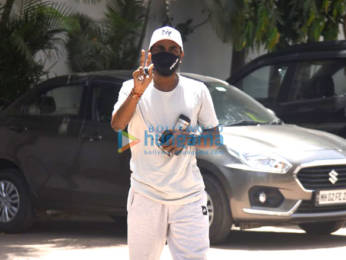 Photos: Remo D'Souza snapped with his wife Lizelle D'Souza at his office in Andheri
