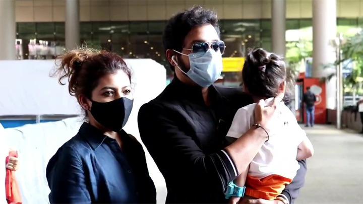 Spotted - Ekta Kapoor, Shreyas Talpade with family at Airport