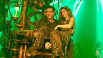 It was Salman Khan's idea to lift Disha Patani like a dumbbell in Seeti Maar, reveals Prabhu Dheva