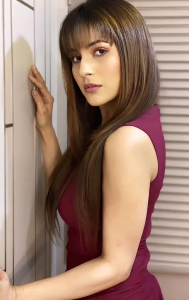 Shehnaaz Gill sets summer vibe in fringes and marsala dress