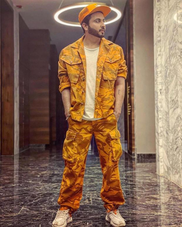Kundali Bhagya star Dheeraj Dhoopar dons stylish camouflage look
