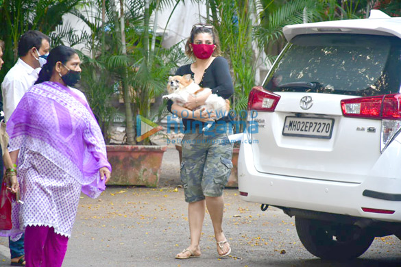Photos: Raveena Tandon and husband spotted in Bandra