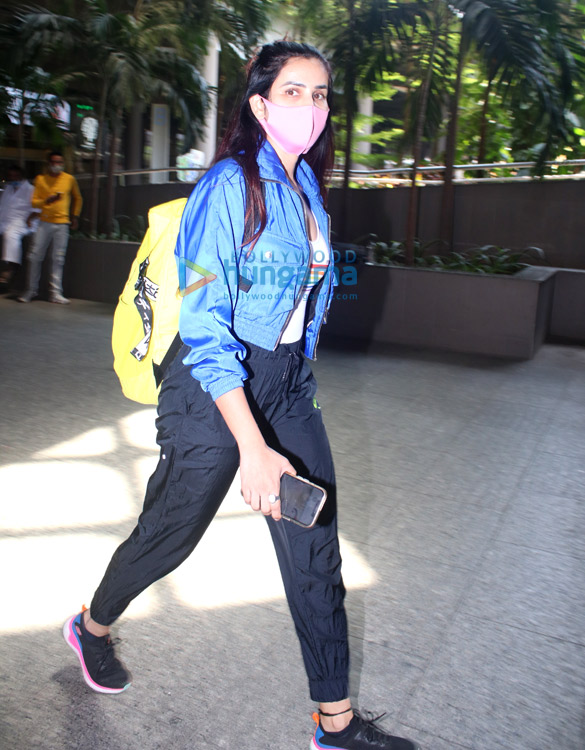 Photos: Sonnalli Seygall and Sahil Salathia snapped at the airport