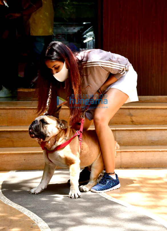 Photos: Sonnalli Seygall snapped at a clinic with her pet in Khar