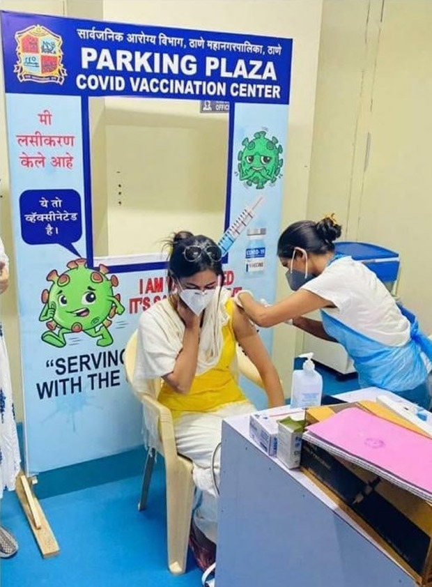 SHOCKING: Section 375 actress Meera Chopra poses as a frontline worker and gets vaccinated; deletes post after controversy erupts