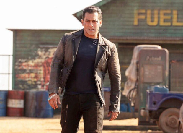 "Salman Khan warns those pirating Radhe – Your Most Wanted Bhai: ""You will get into a lot of trouble with the cyber cell"" : Bollywood News – Bollywood Hungama"