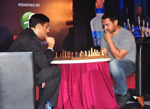 , Aamir Khan to play a game of chess with Viswanathan Anand to raise funds amid Covid-19  : Bollywood News – Bollywood Hungama, Indian & World Live Breaking News Coverage And Updates