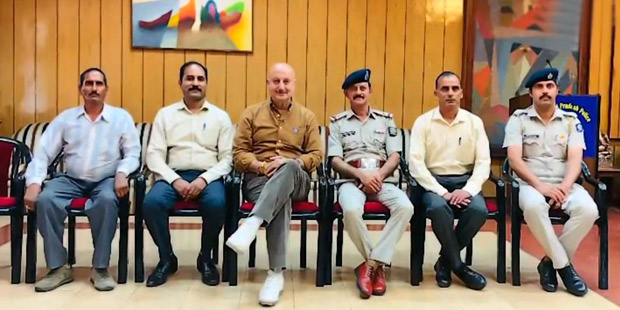 Anupam Kher interacts with police officers in his hometown Shimla