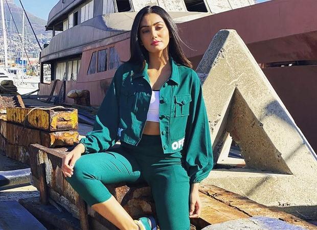 Khatron Ke Khiladi11: Sana Makbul shines bright in pine green jacket, pants and crop top
