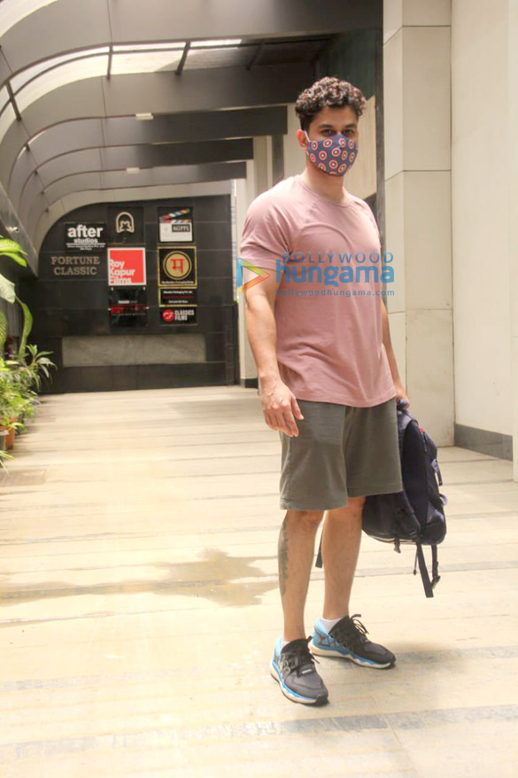 Photos Kunal Kemmu spotted at the gym in Khar (1)