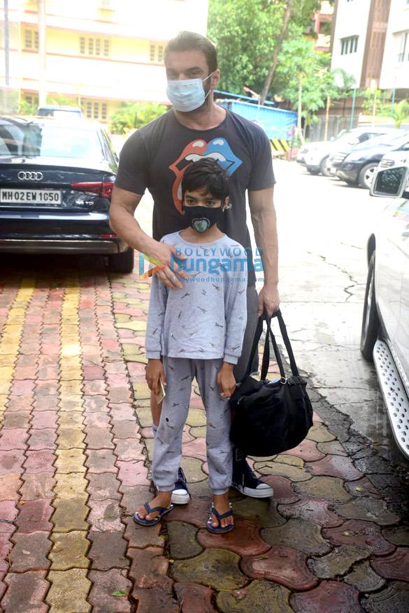 Photos Neha Sharma and Sohail Khan spotted at I Think Fitness (5)