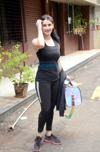 Photos: Shivaleeka Oberoi snapped at the gym