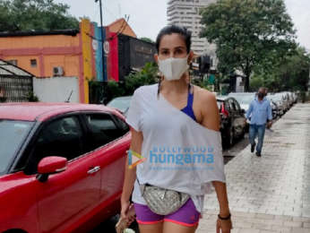 Photos: Sonnalli Seygall snapped at the gym