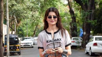 Photos: Urvashi Rautela snapped in Juhu