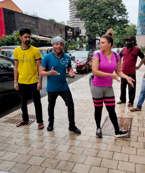 Rakhi Sawant snapped at the gym (6)