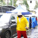 Ranveer dons yellow jacket and red trackpants as he resumes shooting
