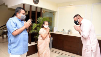 Sanjay Dutt pays a visit to Union Minister Nitin Gadkari; shares the glimpse on Instagram (1)