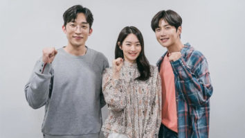 Shin Min Ah, Kim Seon Ho, Lee Sang Yi starrer Hometown Cha Cha to stream on Netflix along with tvN simultaneously