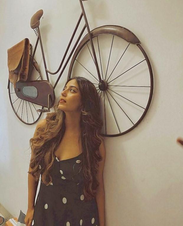 Srishty Rode sets the summer vibe in black maxi dress