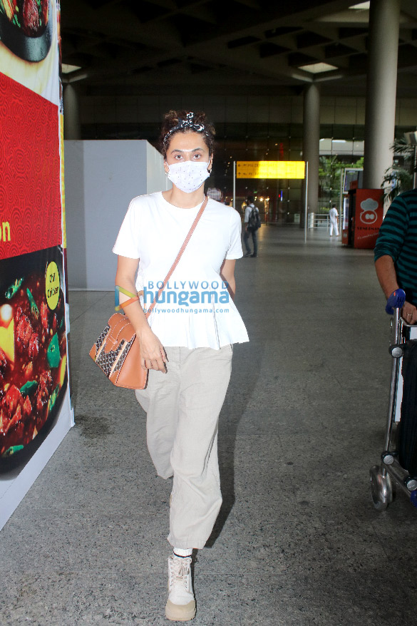 Photos: Taapsee Pannu snapped at the airport