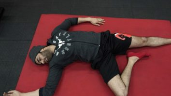 On International Yoga Day, Maniesh Paul engages in the most relatable 'Savaasan'