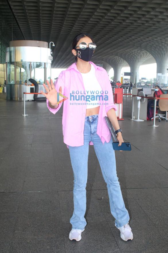 Photos Arjun Kapoor, Ameesha Patel, Rakul Preet Singh and others snapped at the airport (2)