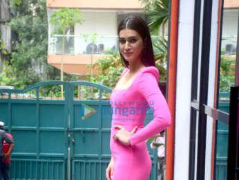 Photos: Kriti Sanon spotted at Maddock Office in Santacruz