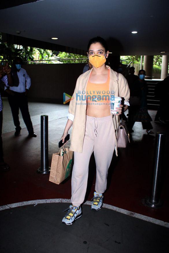 Photos: Sara Ali Khan, Tamannaah Bhatia and Sussanne Khan snapped at the airport
